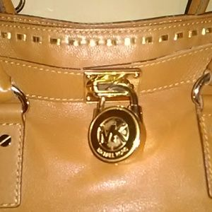Majestic Michael Kors Heavy Leather Shoulder/Tote